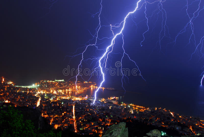 Nuit d'orage photographie stock