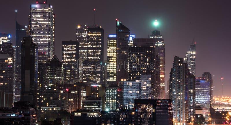 Nuit dans la ville de Toronto Longue exposition d'horizon célèbre images libres de droits