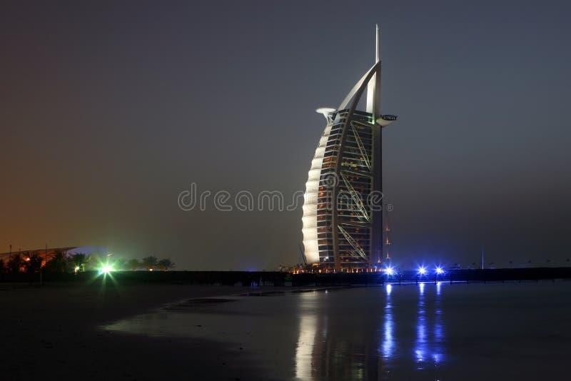 Nuit de Dubaï image stock