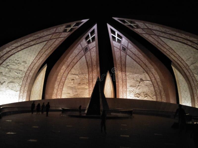 nuit de monument du Pakistan photographie stock libre de droits