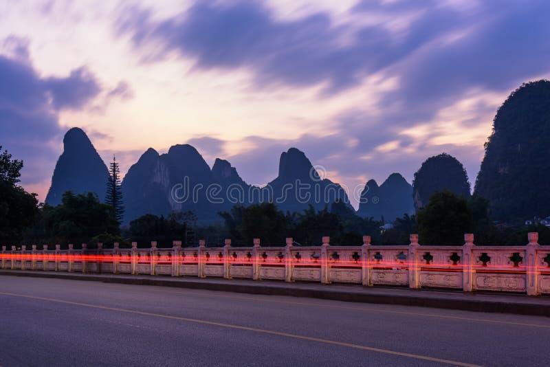 Nuit de pont de Gongnong photographie stock libre de droits