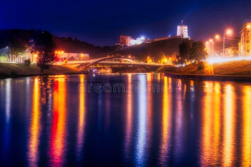 Nuit de Vilnius images stock