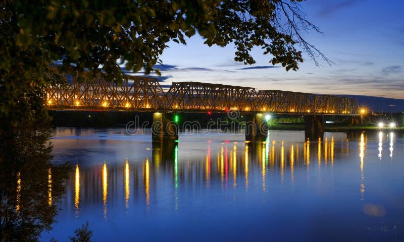 Nuit de Yaroslavl photographie stock