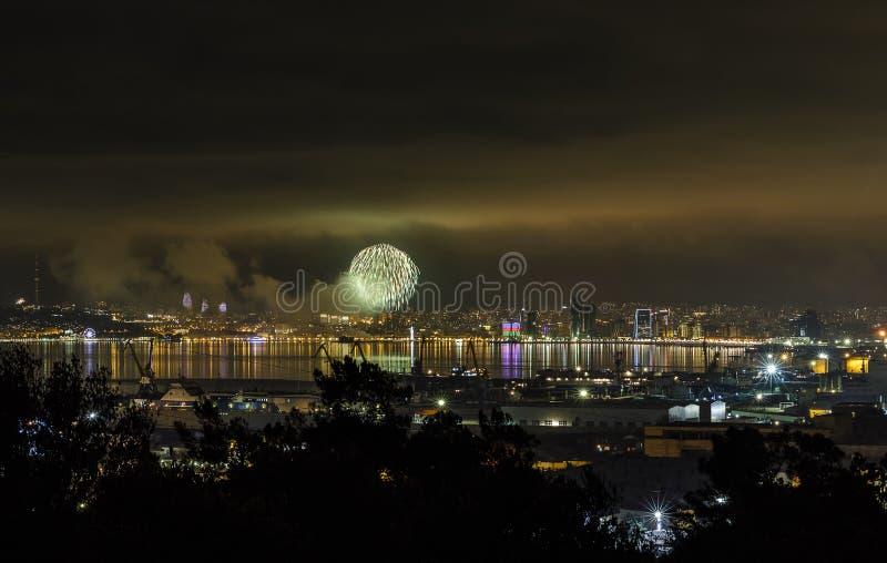 Nuit du ` s de nouvelle année à Bakou photos stock