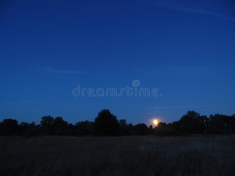 Nuit et lune images libres de droits