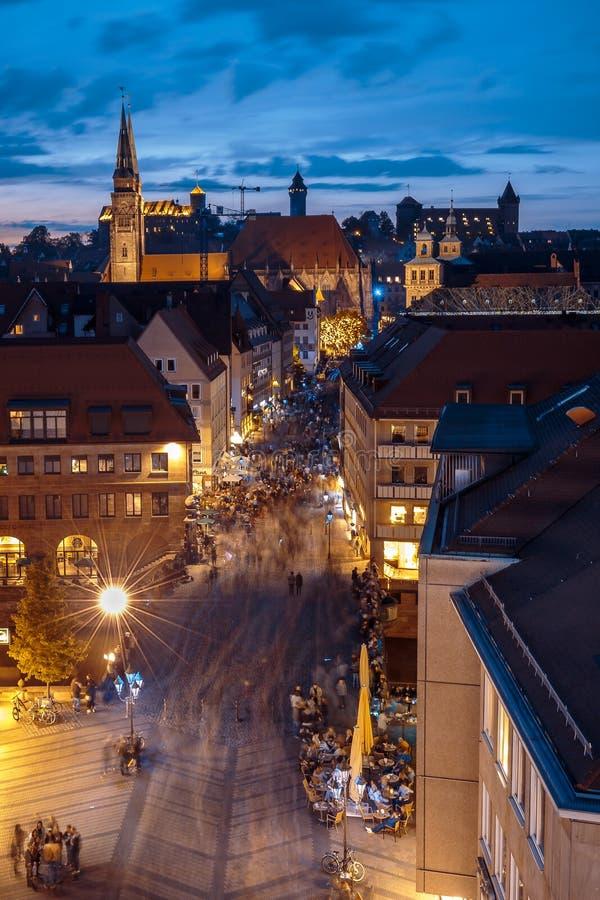 nuit Nuremberg-bleue Allemagne photographie stock libre de droits