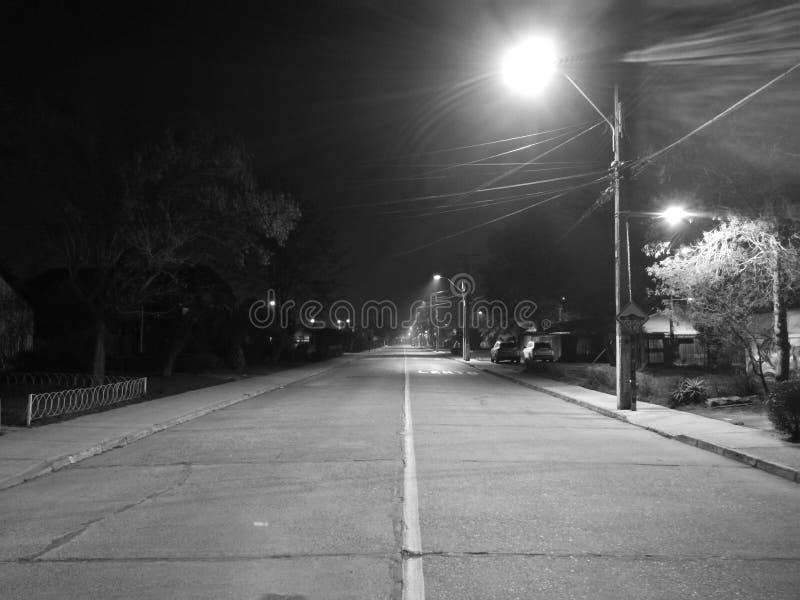 Nuit sur la rue photographie stock libre de droits