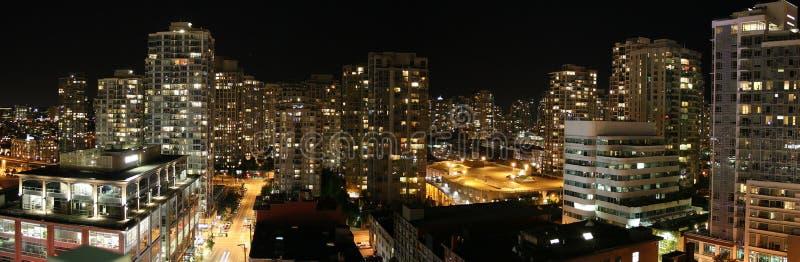 nuit Vancouver de couleur photographie stock libre de droits