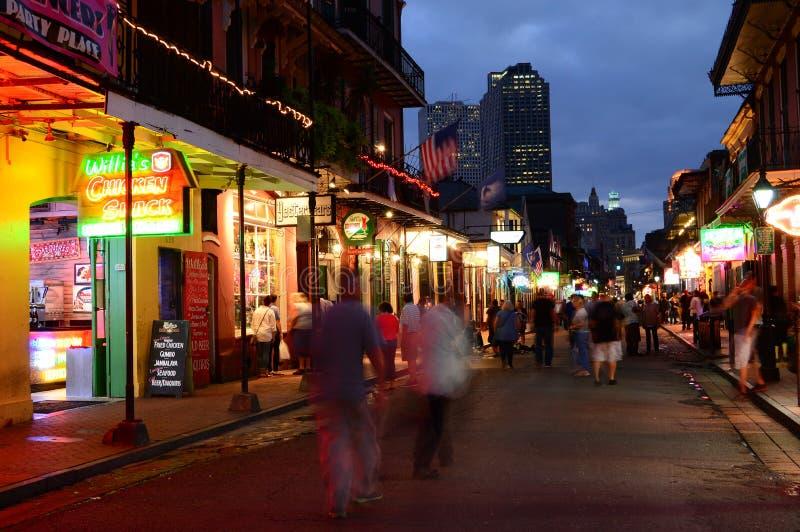 Nuits de rue de Bourbon photos stock