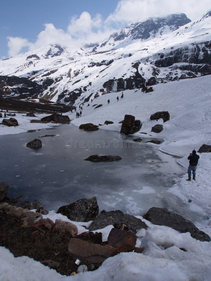 Nullpunkt Sikkim, wo Zivilist-Straße zum Himmel beendet, Sikkim HEREIN lizenzfreie stockfotografie