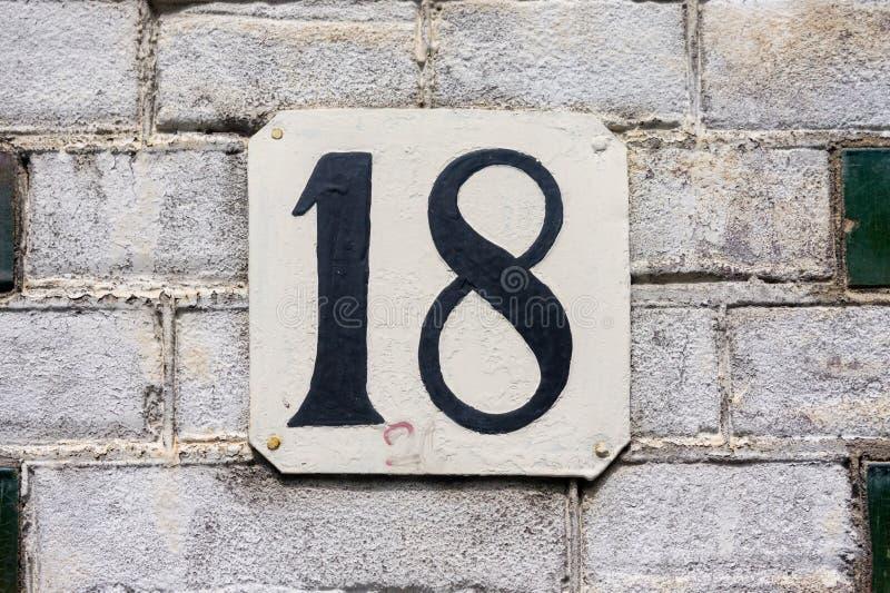 numéro de maison dix-huit 18 photos libres de droits