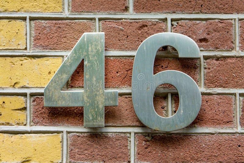 Numéro de maison 46 image stock