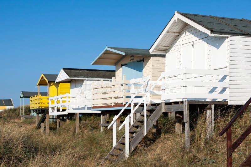 NUNSTANTON, NORFOLK/UK - 2 DE JUNIO: Chozas de la playa en Hunstanton Norfo fotografía de archivo libre de regalías