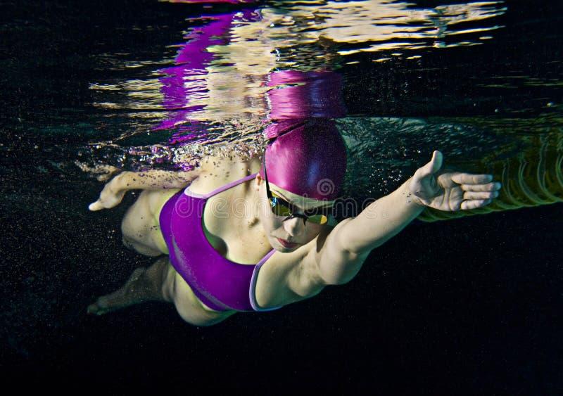 Nuotatore femminile immagine stock