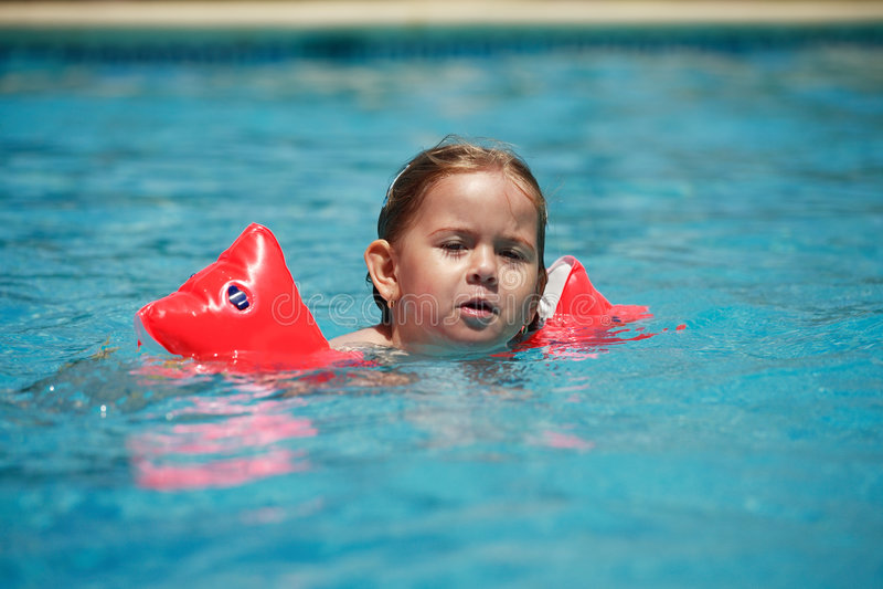 Nuoto fotografie stock libere da diritti
