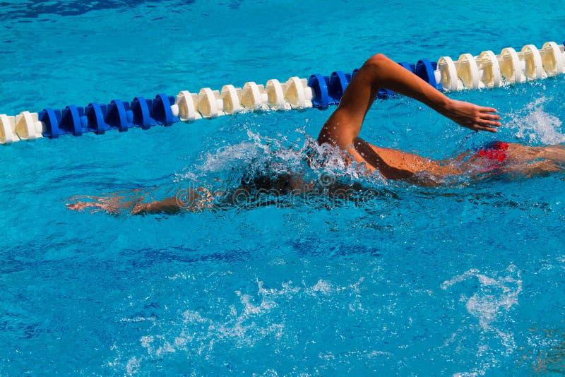 Nuoto - immagine di riserva immagini stock