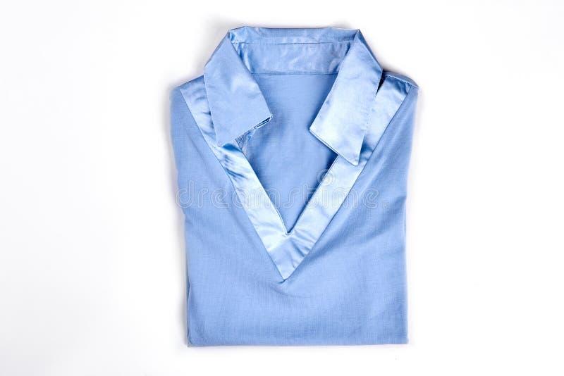 Nuova camicia femminile con il collare del raso fotografia stock