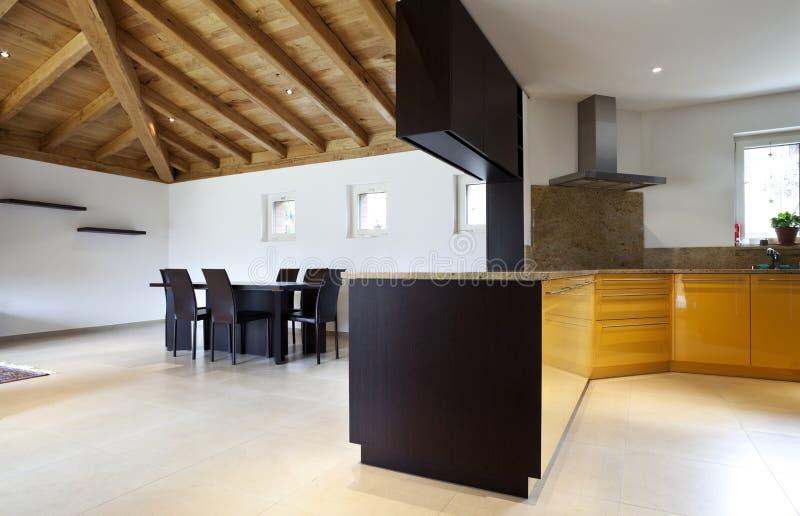 Nuova casa bella immagini stock libere da diritti