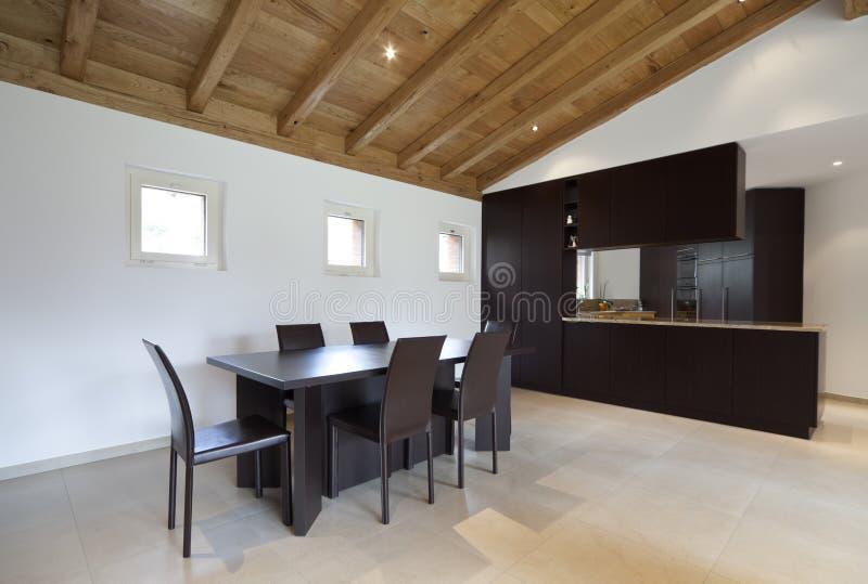 Nuova casa bella, interna fotografia stock libera da diritti