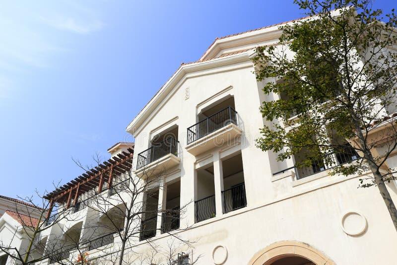 nuova casa stile spagnola fotografia stock immagine di
