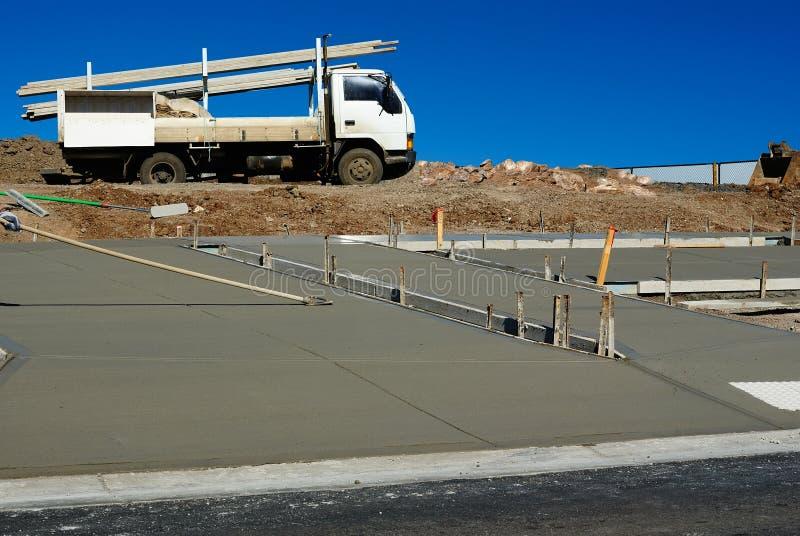 Nuova costruzione del marciapiede fotografia stock libera da diritti