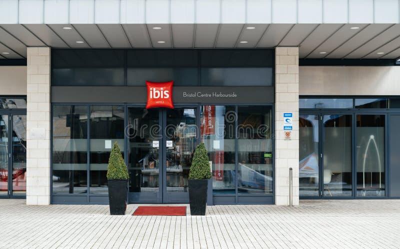 Nuova entrata pulita dell'hotel dell'ibis nel Regno Unito Bristol fotografia stock libera da diritti