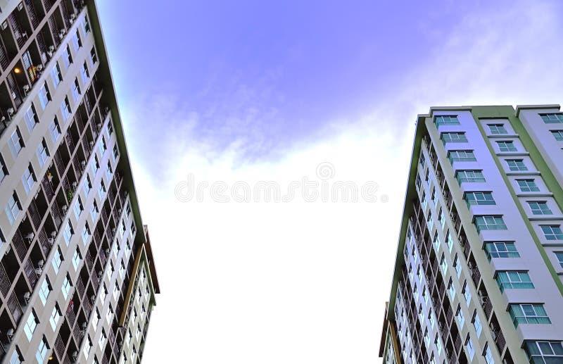 Nuova proprietà di stile di indirizzo moderno fotografia stock libera da diritti