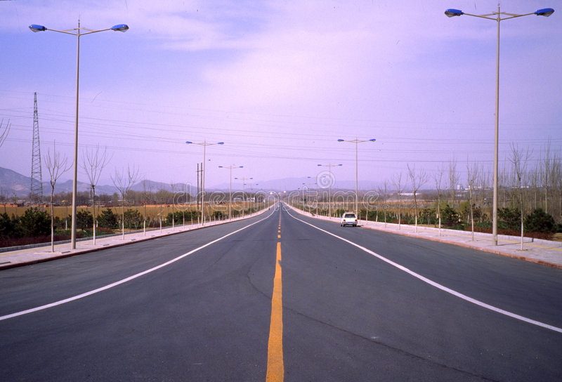 Nuova strada. fotografia stock