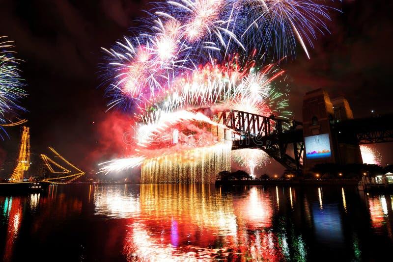 Nuovi anni di fuochi d'artificio, Australia immagini stock libere da diritti