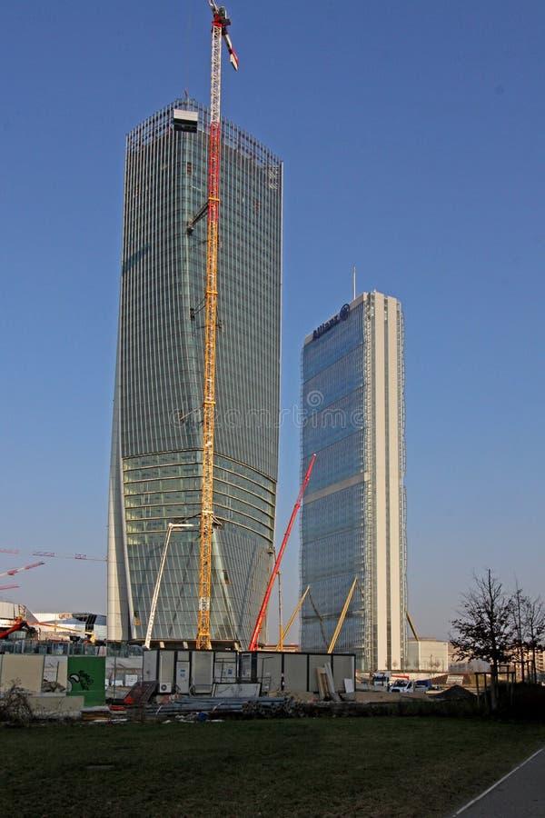 nuovi grattacieli a citylife milano italia immagine
