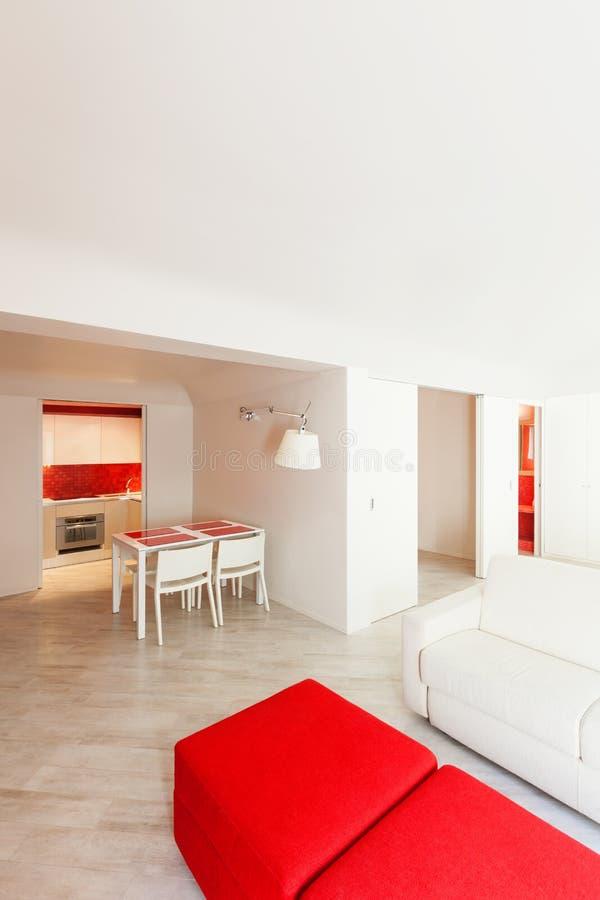 Nuovo appartamento interno immagine stock