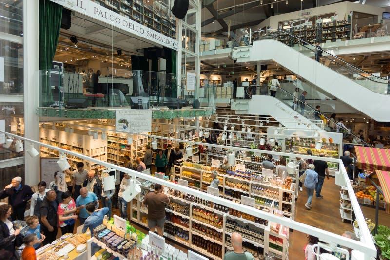 Nuovo deposito e ristorante di EATALY a Milano, Italia fotografia stock libera da diritti