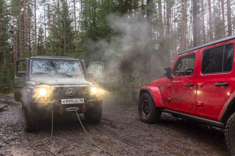 Nuovo jl fuori strada di Rubicon del Wrangler della jeep nella regione di Leningrado immagini stock