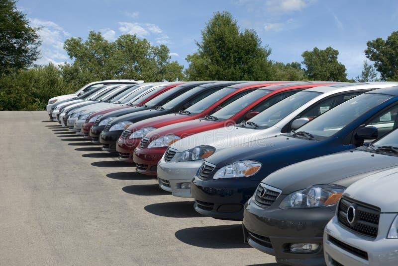 Nuovo lotto dell'automobile immagini stock libere da diritti