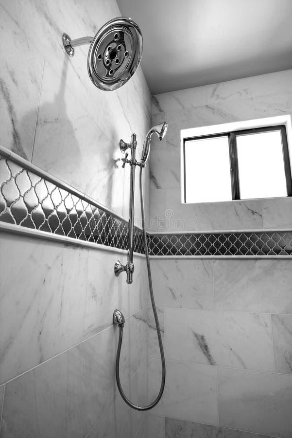 Nuovo Master moderno doccia della casa fotografia stock libera da diritti