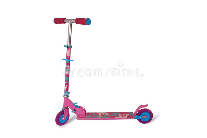 Nuovo motorino rosa per il percorso di ritaglio del bambino immagini stock