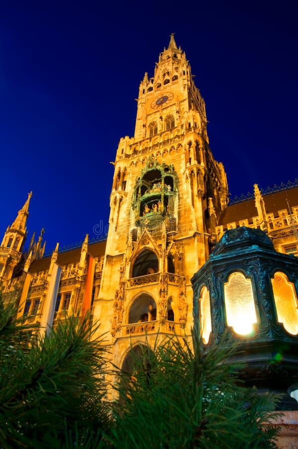 Nuovo municipio a Monaco di Baviera, Germania immagini stock