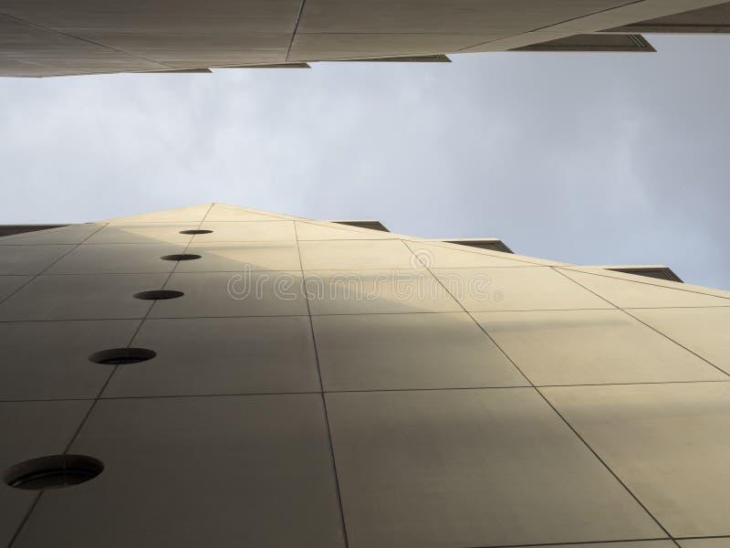 Nuovo palazzo di Feltrinelli a Milano fotografie stock