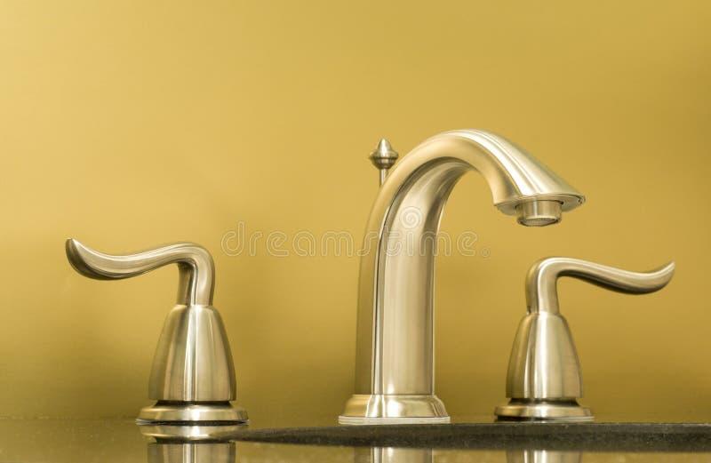 Nuovo rubinetto immagine stock