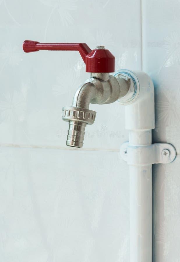 Nuovo rubinetto d'ottone fotografie stock libere da diritti