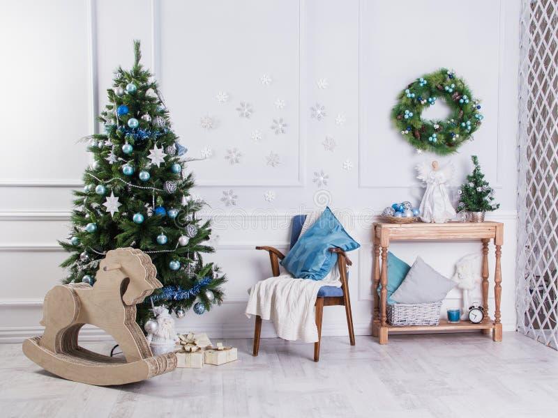 Nuovo Year& x27; s e Natale interni immagini stock libere da diritti