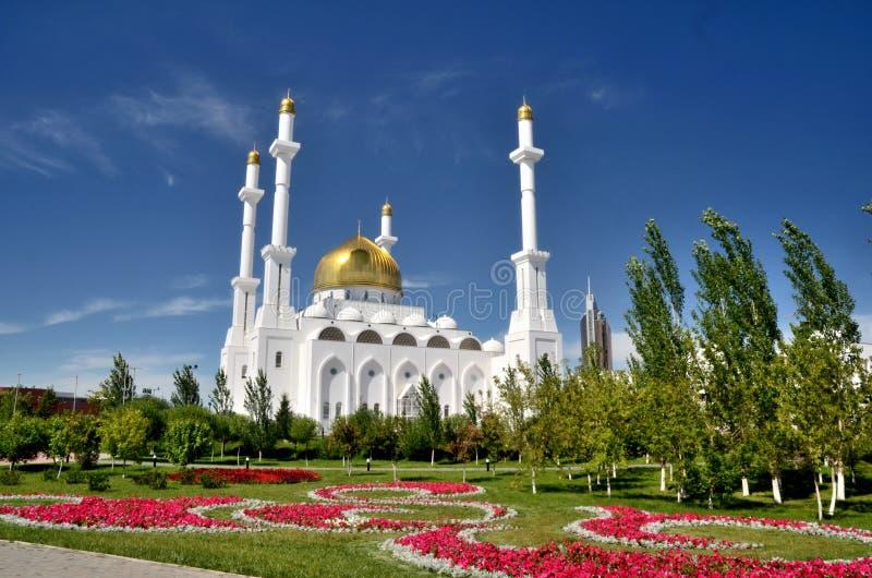 Nur Astana Mosque em Astana fotografia de stock royalty free