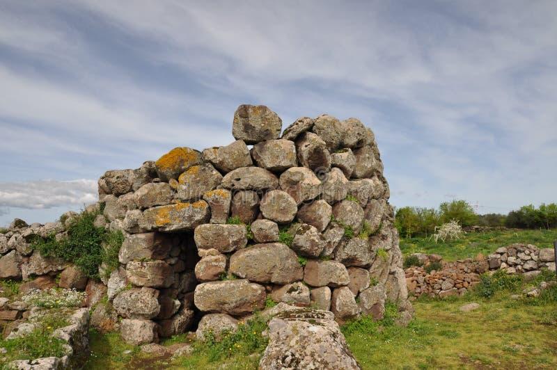 Nuraghe Losa in Sardegna immagini stock