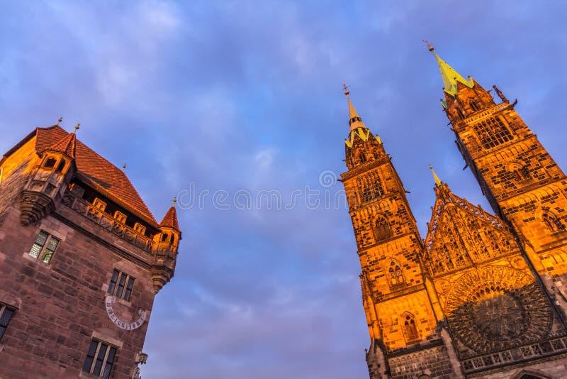 Nuremberg (Nuernberg), Duitsland-Bovenkanten historische gebouwen stock fotografie