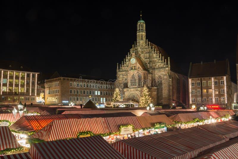 NUREMBERG TYSKLAND - December 7th, 2017: Julmarknaden in royaltyfri foto