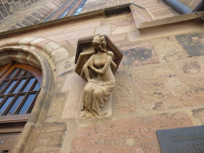 Nurnberg Cahtedral postać na ścianie obrazy royalty free
