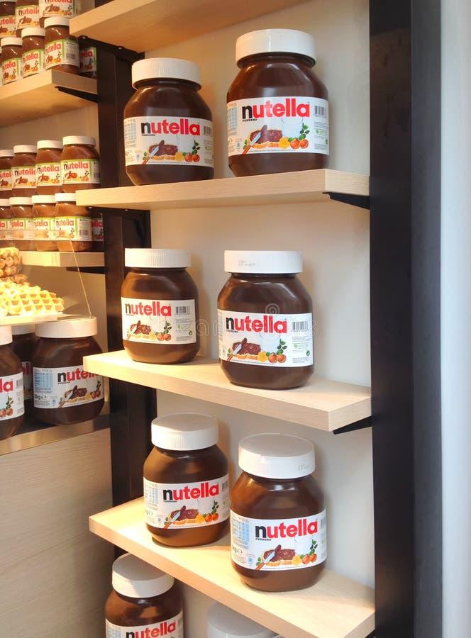 Nutella-Speicher lizenzfreie stockfotografie