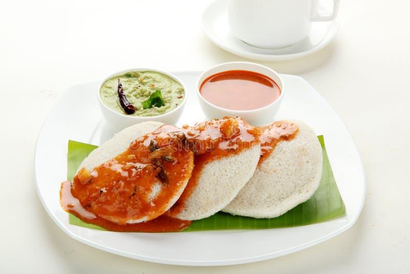 Nutteloos met sambar en chutney royalty-vrije stock fotografie