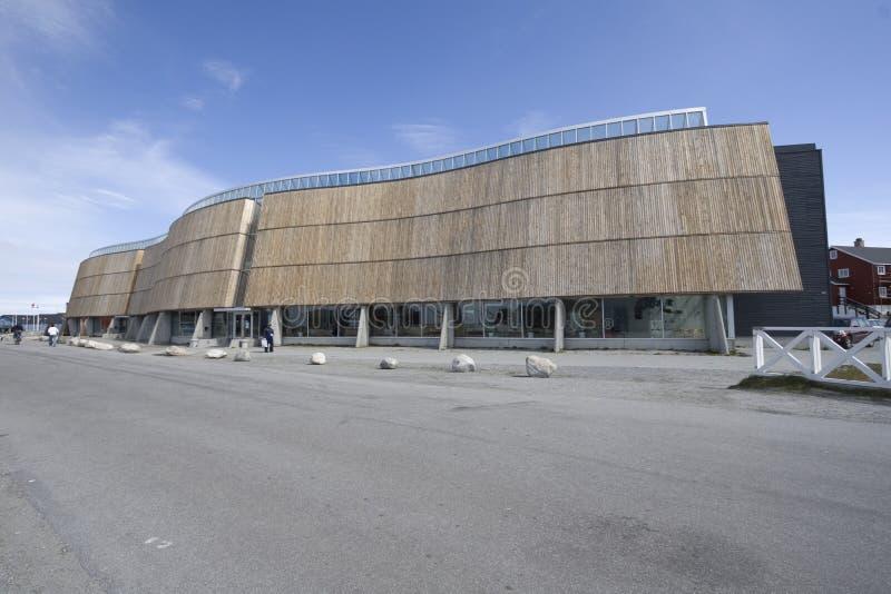 Nuuk, cultuurcentrum en bioskoop royalty-vrije stock afbeeldingen