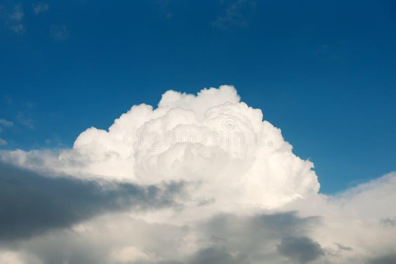 Nuvem branca grande imagem de stock